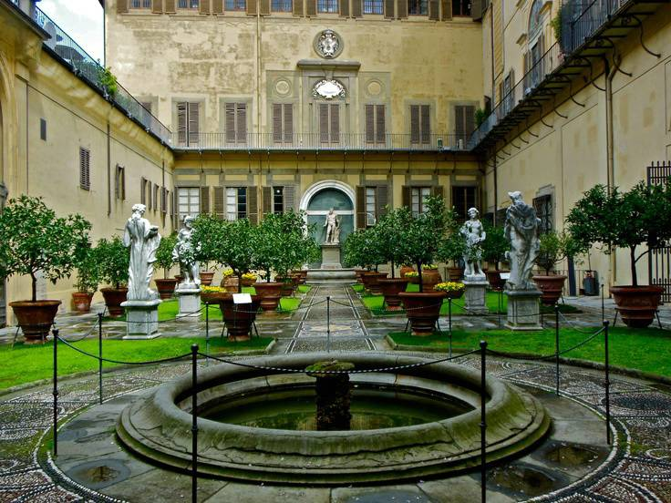 PalazzoGaspari-Gardens.jpg